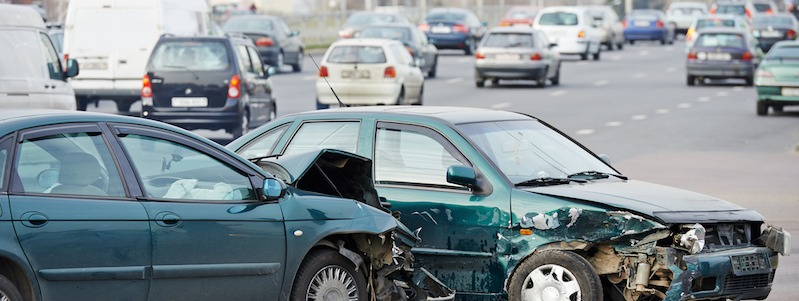 Should I Move My Car to the Side of the Road After a Car Accident?